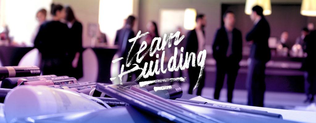 Team building créatif pour un comité d'entreprise animé par les artistes Enkage et Acet