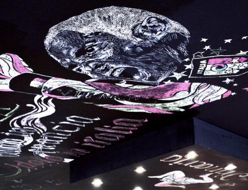 Décoration de restaurant à la craie – 100% original, un plafond inédit