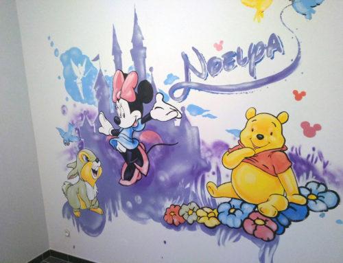 Artiste Peinture chambre d'enfant: Minnie et Disney