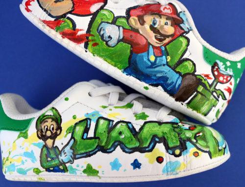 Sneakers enfant en peinture avec prénom et Mario