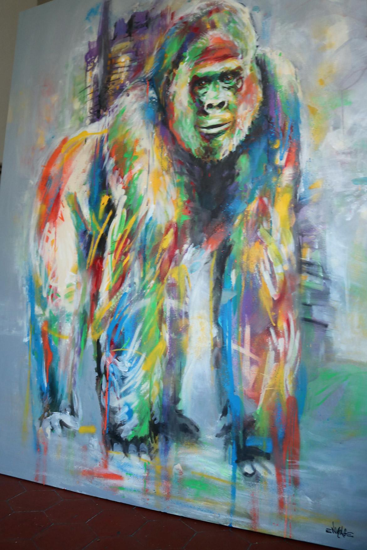 Peinture street art colorée gorille par Enkage