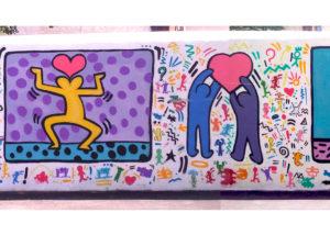 Fresque Keith Haring dans une école à saint Zacharie