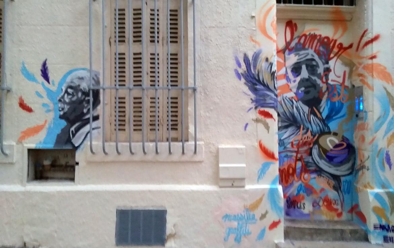 Street artiste porte Marseille Prévert photo Noailles par Enkage
